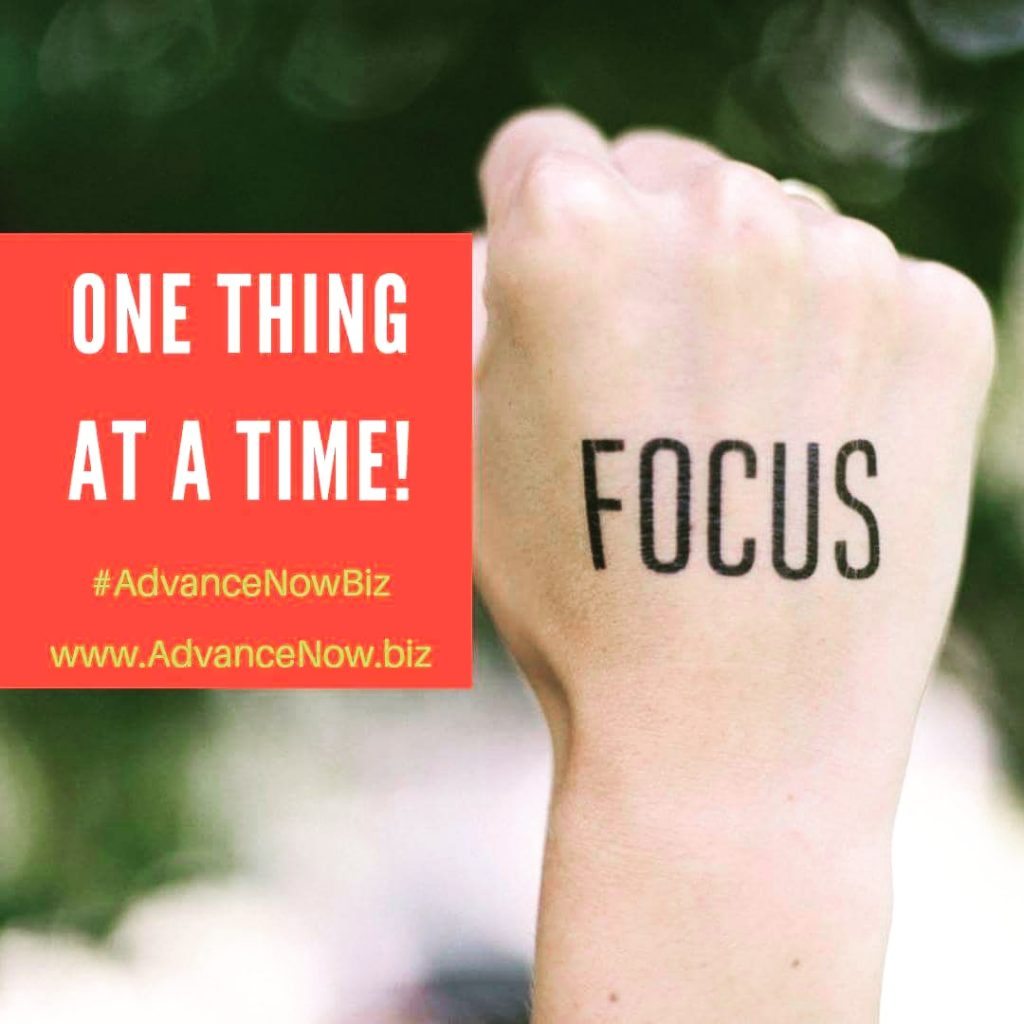 Focus on your goals - read this article and discover the top 12 business lessons from an entrepreneur and business coach #businesscoaching #businessmentoring #businesscoach #coaching101 #coachingtosuccess